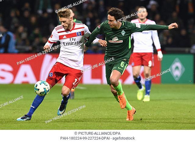 24 Febuary 2018, Germany, Bremen, German Bundesliga soccer match between Werder Bremen and Hamburger SV, Weserstadion: Werder's Thomas Delaney in action against...
