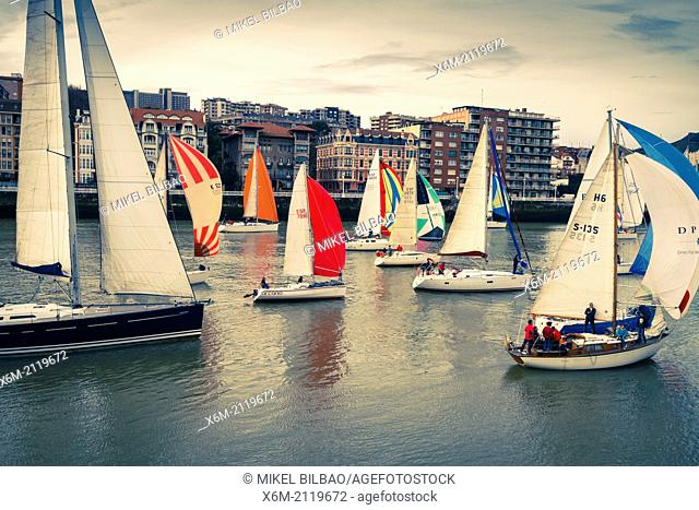 Gallo boat race. Mouth of Nervion river. Portugalete, Biscay, Basque Country, Spain, Europe