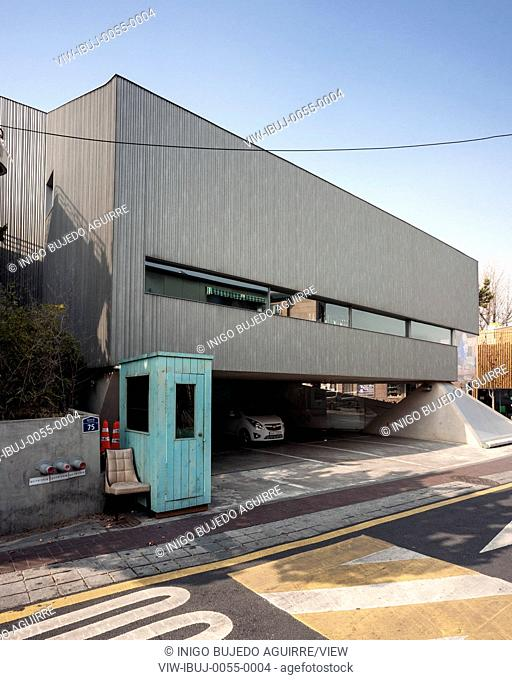 Buk-Chon, where Songwon Art Center is located, is one of the few areas little affected by the heavy wave of development which ha