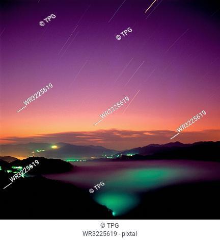 Xiao Getou ;Night view