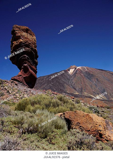 Los Roques rock formation in front of Mount Teide, Teide National Park, Tenerife, Canary Islands, Spain