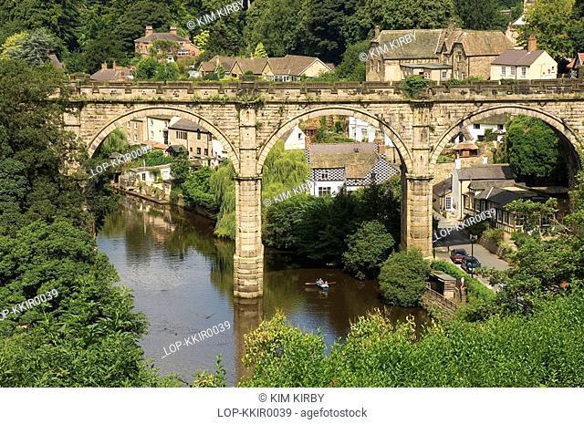 England, North Yorkshire, Knaresborough , A view to the railway viaduct over the River Nidd at Knaresborough