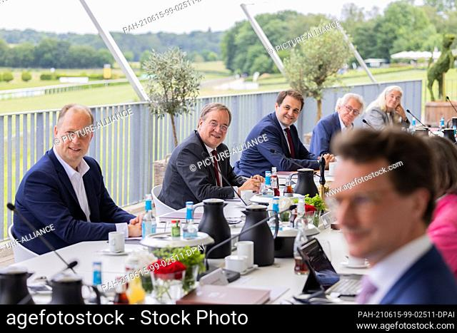 15 June 2021, North Rhine-Westphalia, Duesseldorf: Armin Laschet (2nd from left), Minister President of North Rhine-Westphalia and Federal Chairman of the CDU