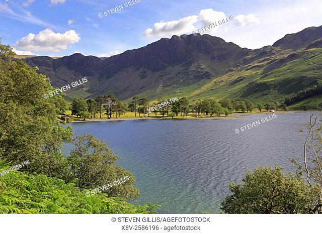Buttermere and Haystacks mountain range, Cumbria, Lake District National Park, England, UK