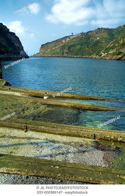 Ondartxo rails dam  Port of Pasajes  Spain