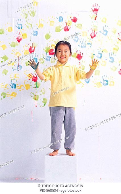Korean Girl Handprinting