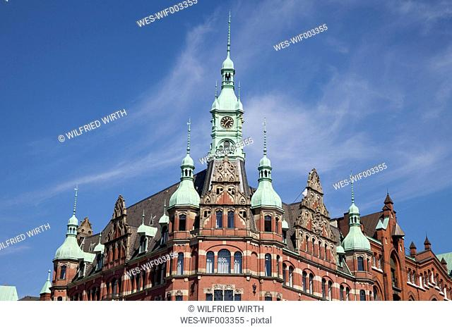 Germany, Hamburg, view to upper part of Hafenrathaus