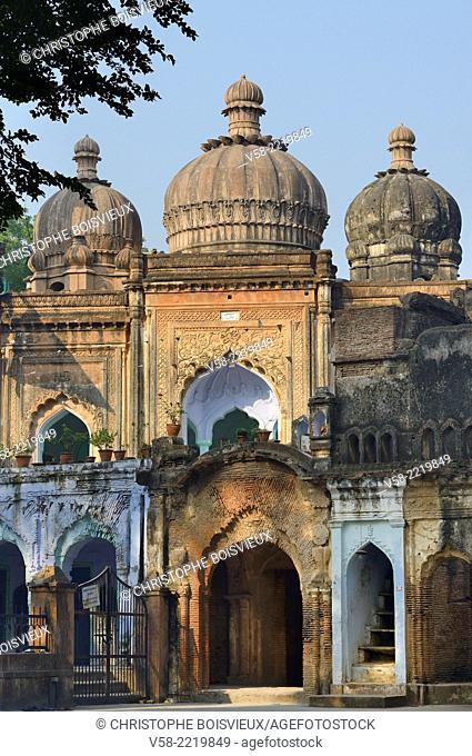 India, Uttar Pradesh, Lucknow, The Residency, Begum Kothi mosque