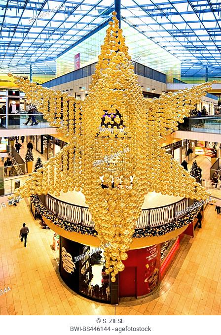 shopping centre Thier-Galerie with christmas decoration, Germany, North Rhine-Westphalia, Ruhr Area, Dortmund
