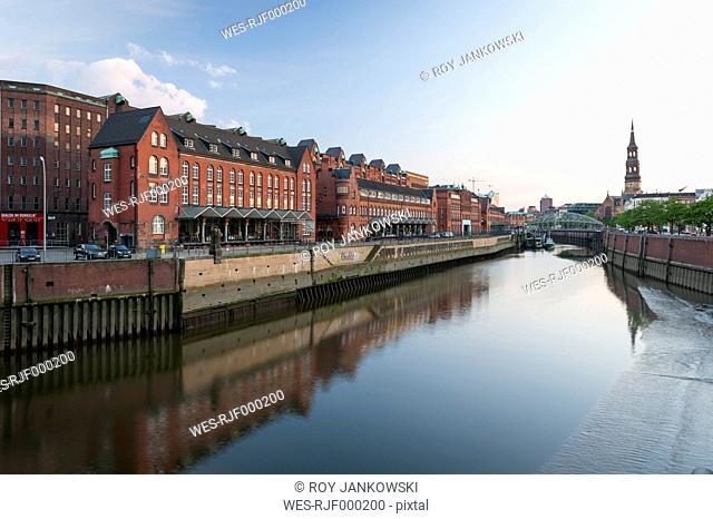 Germany, Hamburg, View of the Zollkanal and historic warehouse district