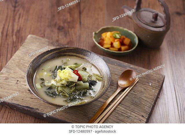 Soy bean soup with kimchi (Korea)