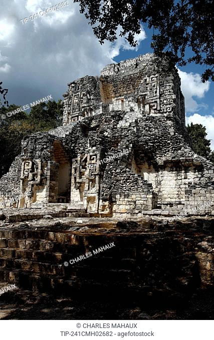 Mexico, Campeche State, Chicanna, archaeological mayan site, ruins, classic periods (years 300-800 A.D ) , structure XX, tallest building, Chac heads