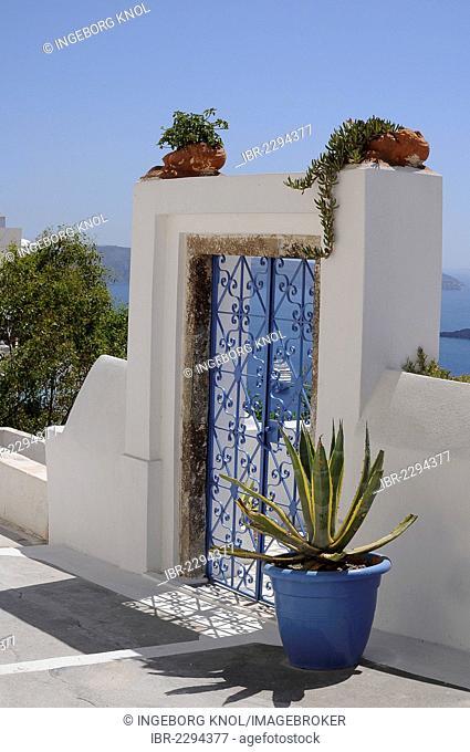 Closed door, entrance, Oia, Santorini, Greece, Europe, PublicGround