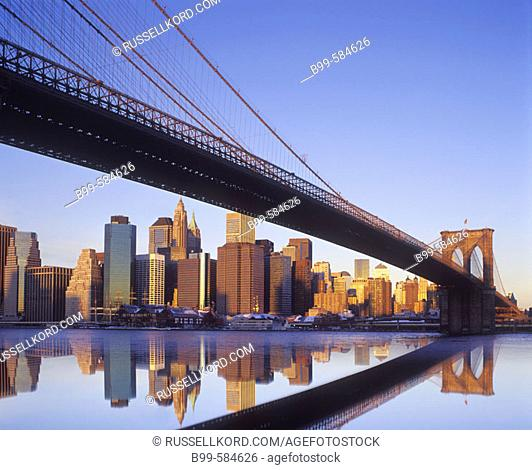 Brooklyn Bridge & Downtown Skyline, Manhattan, New York, Usa