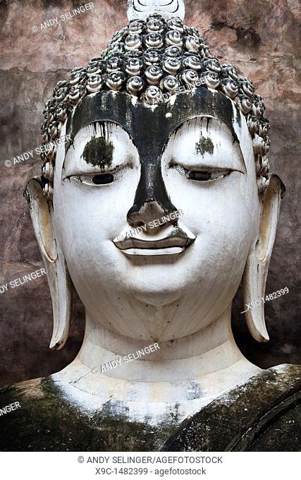 Buddha's Head at Wat Si Chum, Sukhothai, Thailand
