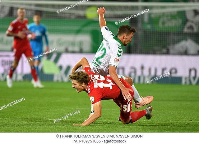Mario MALOCA (Fuerth), action, duels versus Fiete ARP (HSV Hamburg Hamburg Hamburg). Soccer 2. Bundesliga / Greuther Furth (FUE) -Hambuger SV (HH) 0-0, 7