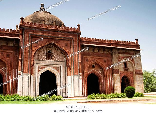 Facade of a mosque in a fort, Old Fort, Delhi, India