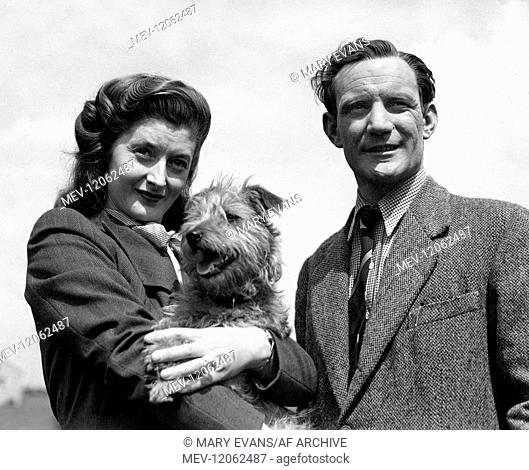 Helen Cherry & Trevor Howard With Dog Actress & Actor Married 01 May 1948