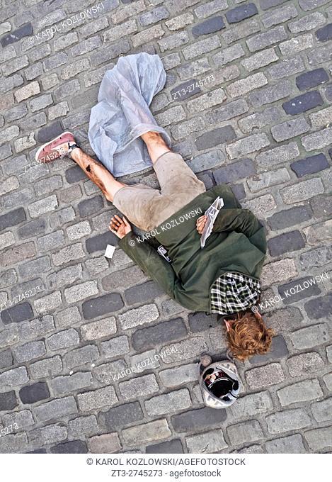 UK, Scotland, Lothian, Edinburgh, Old Town, Fringe Festival on The Royal Mile.