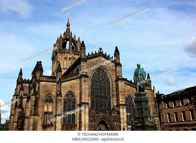 Scotland, Edinburgh, St Giles Cathedral, also High Kirk of Edinburgh, in foreground the statue of Walter Francis Montagu Douglas Scott, 5th Duke of Buccleuch