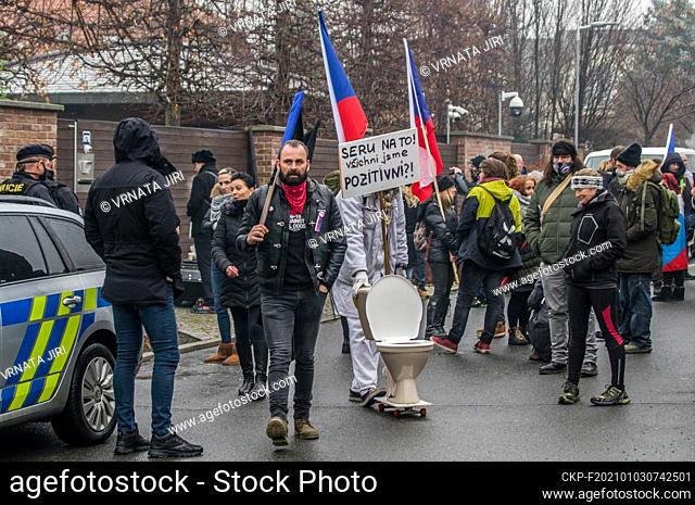 Some 50 people were protesting against the government anti-coronavirus measures outside the house of PM Andrej Babis (ANO) in Pruhonice near Prague today