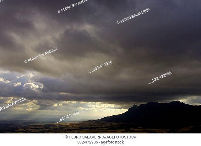 Storm in Sierra de Cantabria. Meano. Navarra. Spain