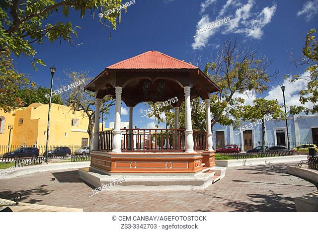 View to the Parque de Guadalupe-Guadalupe Park, Campeche City, Campeche State, Mexico, Central America