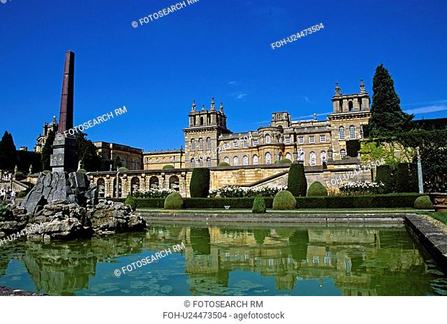 Blenheim Palace, Woodstock, near Oxford, Oxfordshire, England. View from lower water terrace. Large fountain