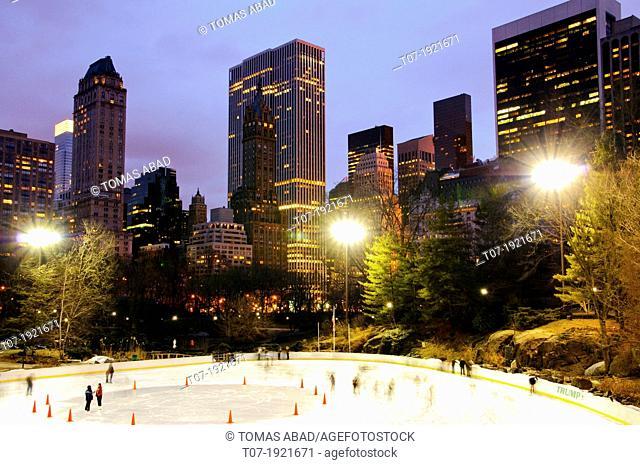 Wollman ice-skating rink, Central Park, Manhattan, New York City, USA