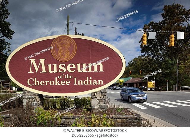 USA, North Carolina, Cherokee, Cherokee Indian Reservation, sign for the Museum of the Cherokee Indian