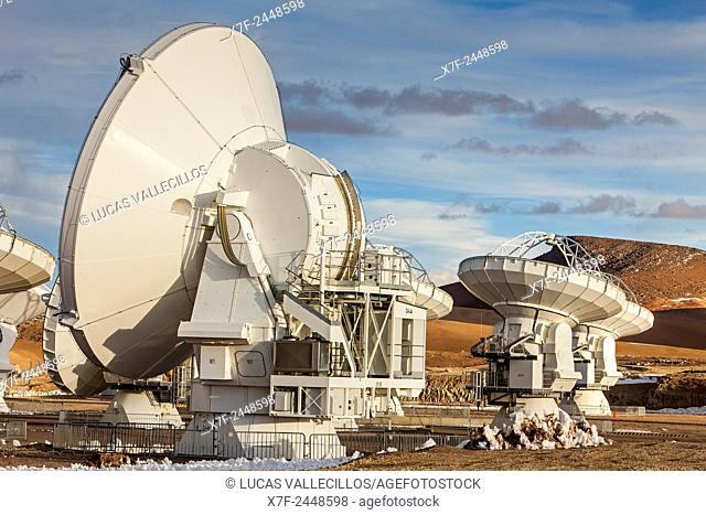 ALMA observatory, Antennas in plain of Chajnantor, 5000 meters of altitude, Array Operations Site (AOS), Atacama desert. Region de Antofagasta. Chile