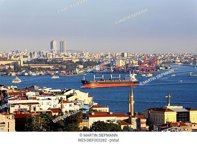 Turkey, Istanbul, View of Uskudar and Kadika-y through Bosphorus