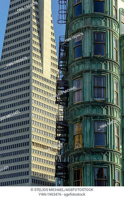 landmark landmarks sites site Offices Centre Central Street Buildings sentinel coppola flat iron blue sky day outside america united states of u s a fransisco...