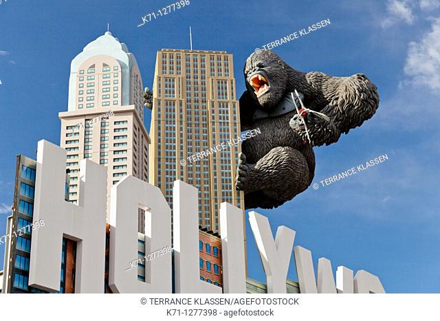 The exterior of the Hollywood Wax Museum with King Kong in Branson, Missouri, USA
