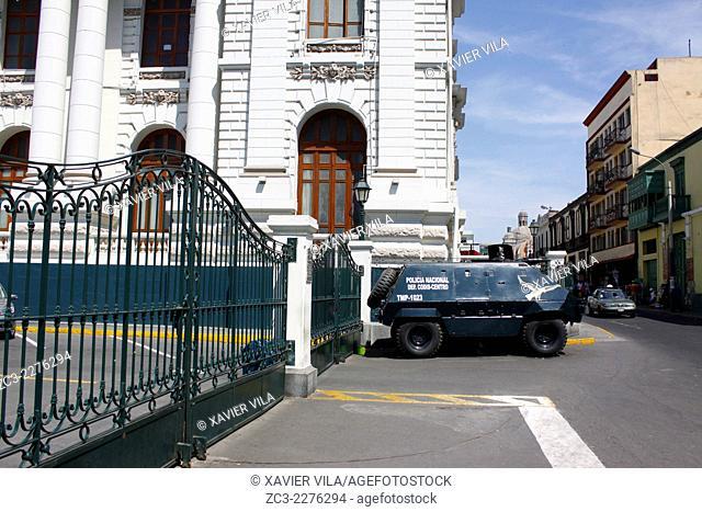 Armored Peruvian police car in front of the Congress of the Republic of Peru, Congreso de la Republica del Peru, Lima, capital of Peru