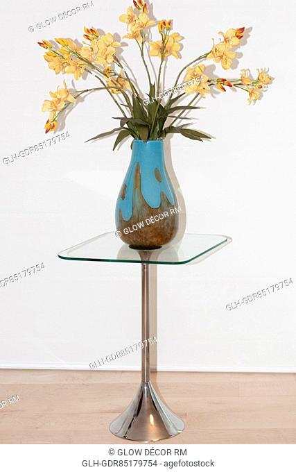 Flower vase on a stand