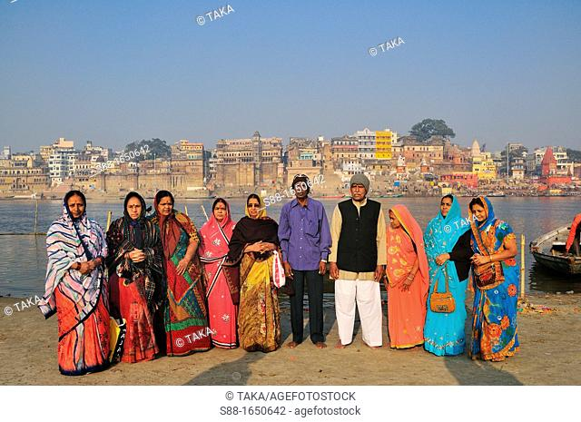 Pilgrims from the other side of the holy ghat