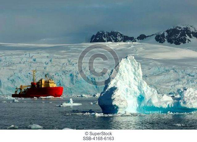 ANTARCTICA, ANTARCTIC PENINSULA, PETERMANN ISLAND, US RESEARCH VESSEL LAURENCE M. GOULD