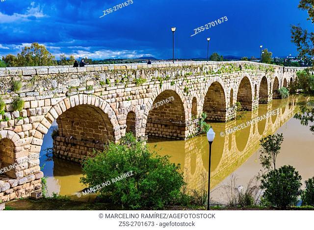 The Puente Romano is a Roman bridge over the Guadiana River at Mérida, Badajoz, Extremadura, Spain, Europe