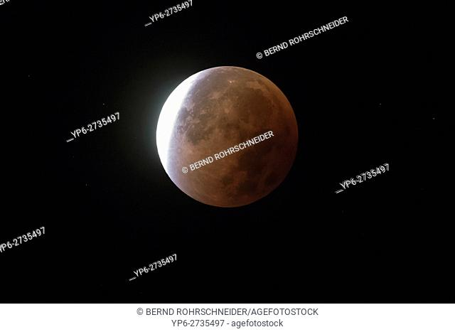 lunar eclipse and blood moon of 28th September 2015, Germany