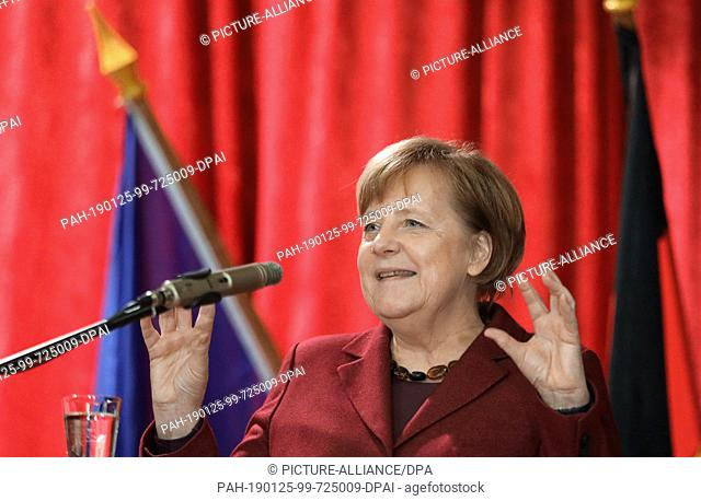 25 January 2019, Mecklenburg-Western Pomerania, Trinwillershagen: Angela Merkel (CDU), Chancellor, speaks at the traditional New Year's reception of the...