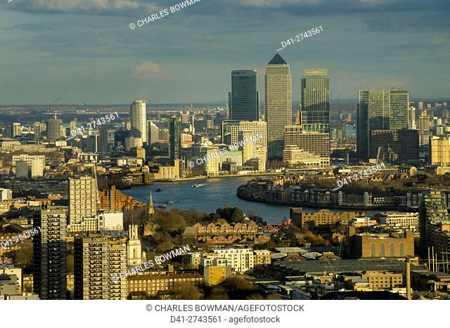 europe, UK, England, London, aerial skyline Canary Wharf