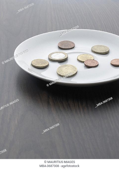 Table, saucer, euro coins