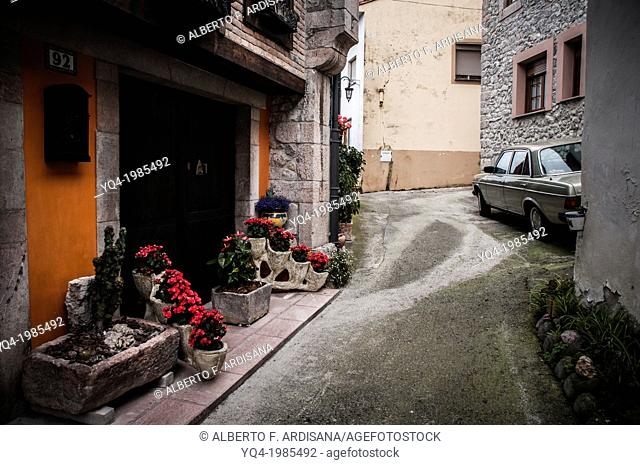 View of the streets of the town of Cue. Llanes, Asturias, Spain