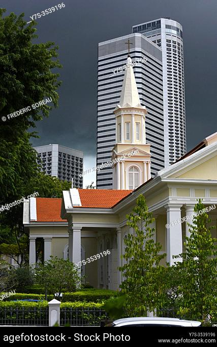 Telok Ayer Chinese Methodist Church (1889), Fraser's tower office building in background