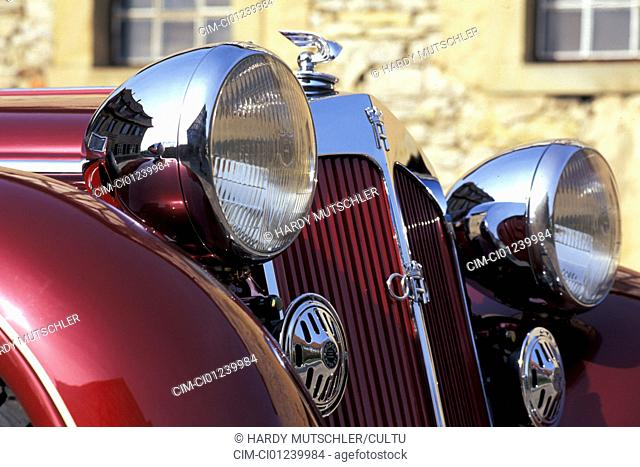 Horch 853 A convertible, model year 1938, ruby colored, detail, details, headlights, headlight, headlamp, headlamps, radiator, cowling, grill, hood ornament