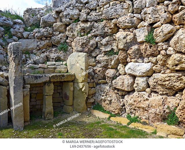 Ggantija Temples, one of the oldest buildings of the world, Xaghra, island Gozo, Malta Archipel, Mediterranean Sea