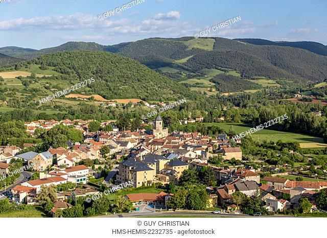 France, Aveyron, Parc Naturel Regional des Grands Causses (Natural Regional Park of Grands Causses), La Dourbie river valley, Nant, overview