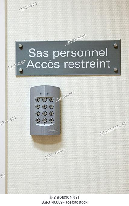 Photo essay at the hospital of Meaux 77, France. Hospital of Orgemont. Central pharmacy
