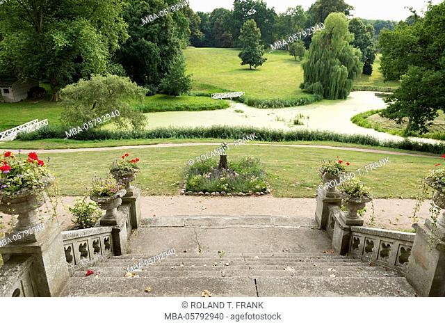 Germany, Mecklenburg-Western Pomerania, Schlosshotel Kittendorf, view in the castle grounds